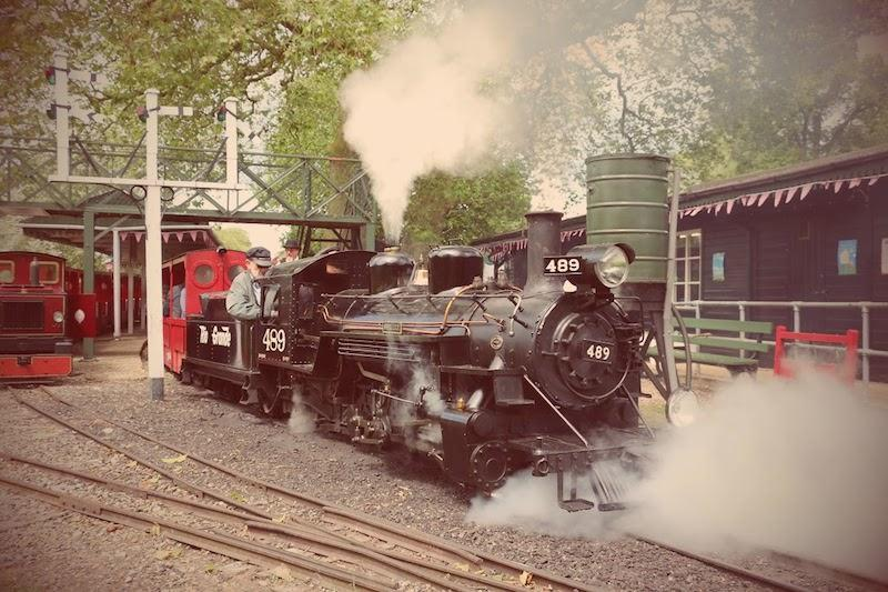 sara-lucy-steam-engine-at-audley-end-miniature-railway