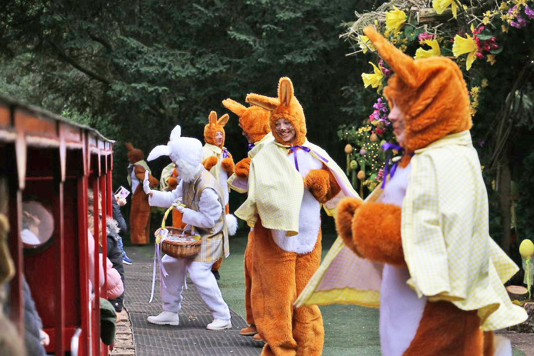 easter-bunny-event-essex-audley-end