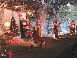 christmas-dancing-elves-audley-end-miniature-railway