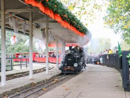 halloween event for families in essex audley end miniature railway